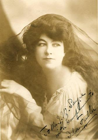 Photo of Ida Fuller, vaudeville actress