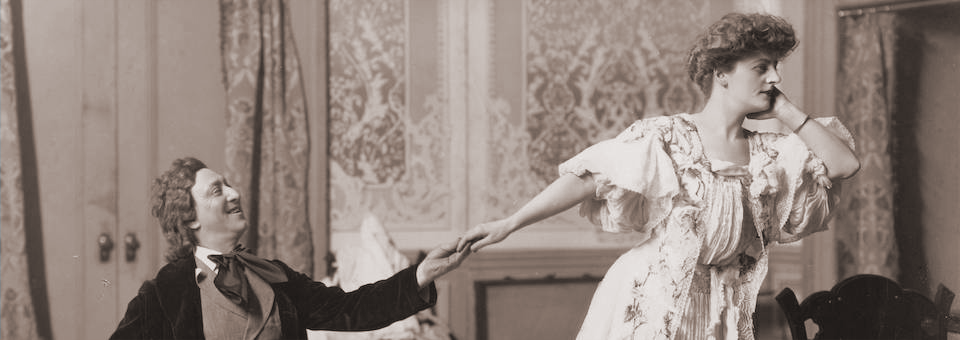 "A scene from ""Glittering Gloria"" which opened on October 20, 1904 at the Grand Opera House."